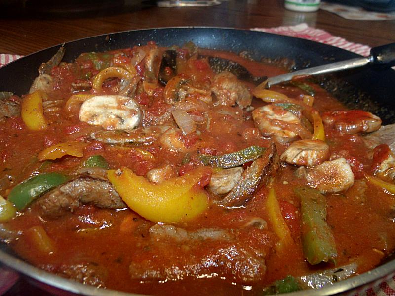 MrsHuddle's Pasta Sauce with Veggies & Meat